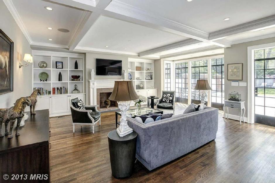 Esta es una de las salas de la casa que ocupará la familia Obama. (Foto: Twitter)