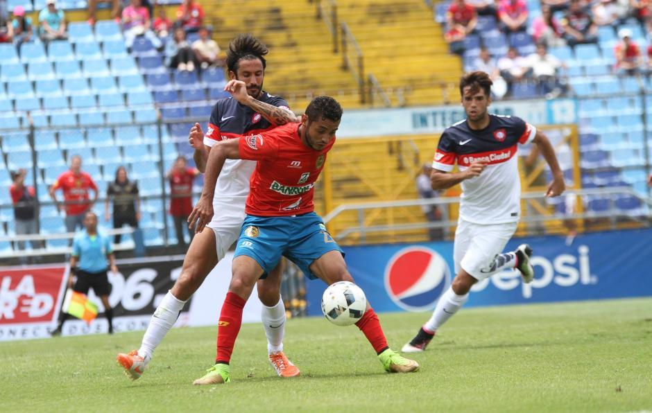 Los Rojos tuvieron dos oportunidades claras en la primera parte. (Foto: Luis Barrios/Soy502)