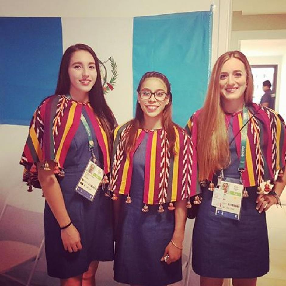 Valerie Gruest Slowing, Ana Sofía Gómez e Isabel Brand están listas para la inauguración de Río 2016. (Foto: Ana Sofía Gómez)
