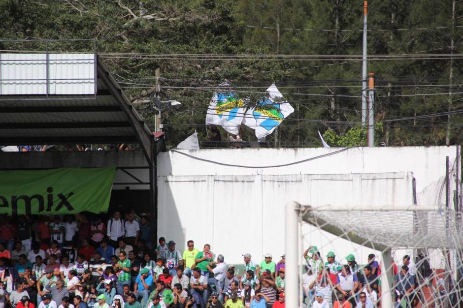 La afición estuvo presente en el Pensativo. (Foto: Fredy Hernández/Soy502)
