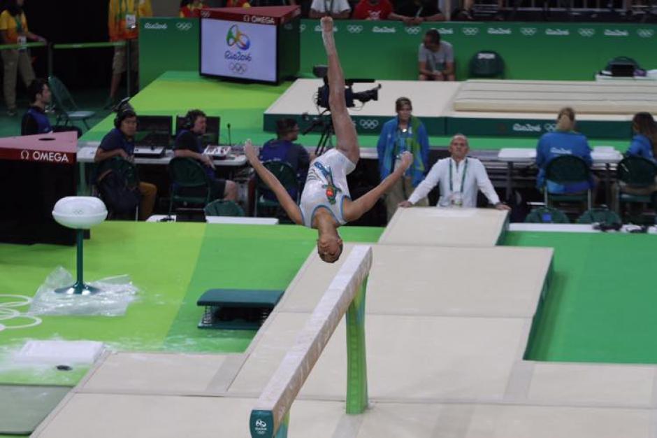 Gómez realizó con mucha seguridad sus rutinas durante el entreno oficial. (Foto: Comité Olímpico Guatemalteco)