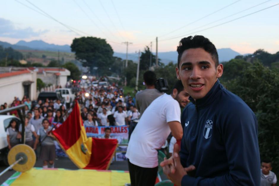 Así fue recibido Édgar PIneda a su llegada a Mataquescuintla. (Foto: Muni Mataquescuintla)