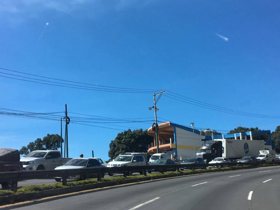 Las autoridades se hacen cargo de la situación. (Foto: Fredy Hernández/Soy502)