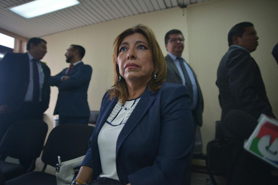 Anabella de León logró que la jueza modificara el delito de peculado por sustracción a fraude. (Foto: Wilder López/Soy502)