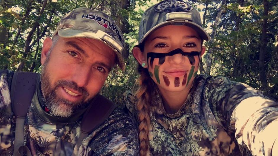 Aryanna y su padre realizaron un viaje a Sudamérica para cazar juntos. (Foto: Facebook, Aryanna Gourdin)