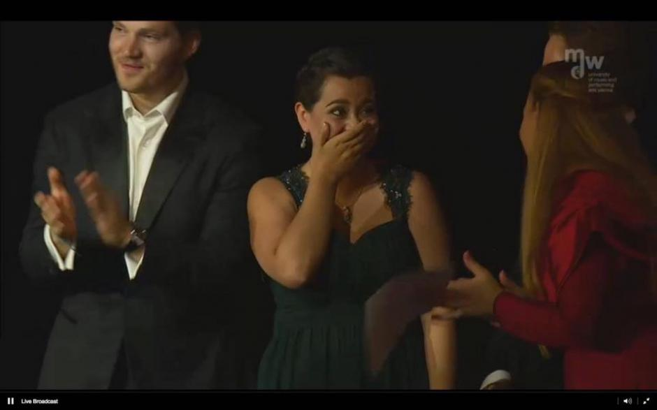 Este fue el momento en que Adriana escuchó que era la ganadora de la competencia. (Foto: Facebook, Departamento de Música UVG)