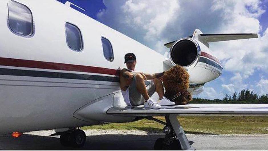 El cantante colombiano publicó en las redes sociales que se encuentra bien a pesar del incidente. (Foto: J Balvin)