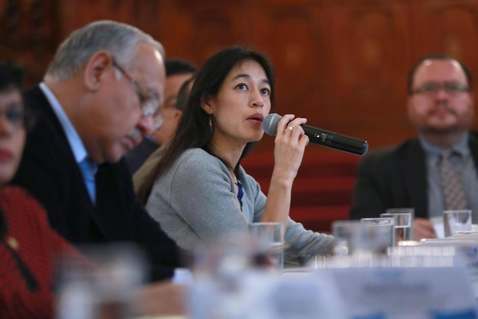 La ministra de Salud presentó la estrategia para el fortalecimiento del nivel primario de atención en salud. (Foto: MSPAS)