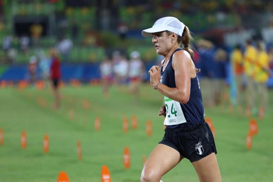 La pentatleta guatemalteca estuvo a un paso de meterse en el top 20 olímpico. (Foto: Sergio Muñoz/ACD)