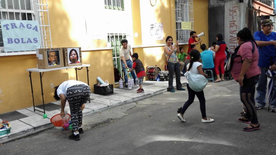 Personas de todas las edades participaron en la actividad. (Foto: La Batucada del Pueblo)
