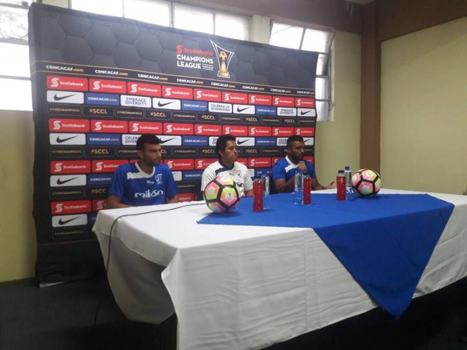 Suchi dio conferencia de prensa en el Doroteo Guamuch Flores. (Foto: CDSuchitepéquez)