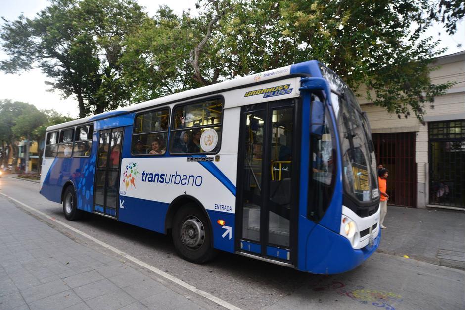 Las paradas de Transurbano también son riesgosas, principalmente sobre el bulevar Liberación. (Foto: Archivo/Soy502)