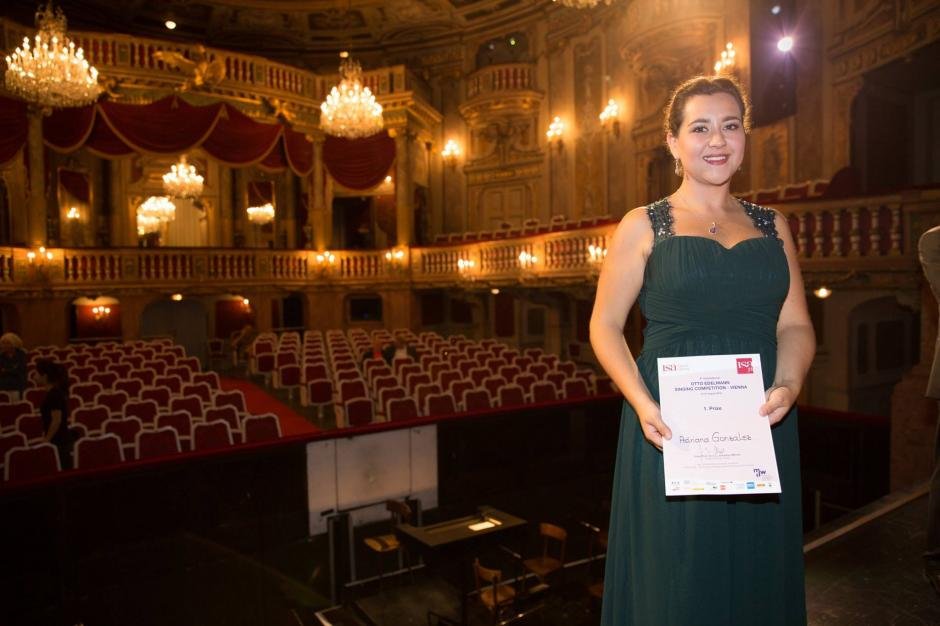 Adriana González ganó el primer lugar del concurso Otto Edelmann en Vienna, Austria. (Foto: Facebook, isaOperaVienna)
