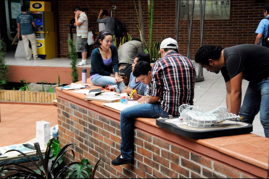 Elegir una carrera universitaria es una de las decisiones más importantes en la vida de un joven. (Foto: Archivo/Soy502)