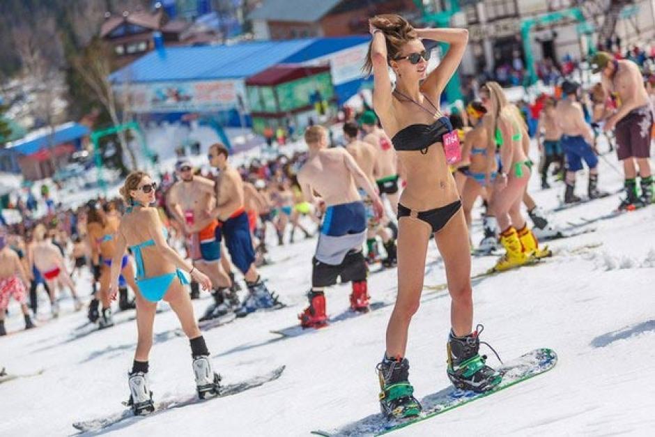 Imaginas esquiar en bikini. (Foto: Marieltour.ru)