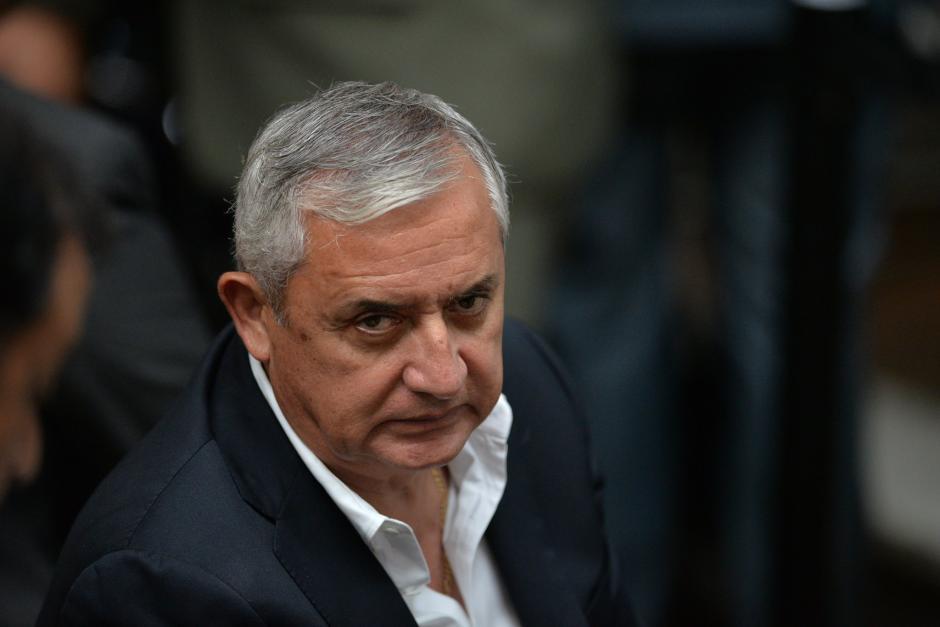 El expresidente Otto Pérez Molina recusó al juez Marco Antonio Villeda, que mantiene embargadas sus cuenta bancarias y varios bienes. (Foto: Archivo/Soy503)
