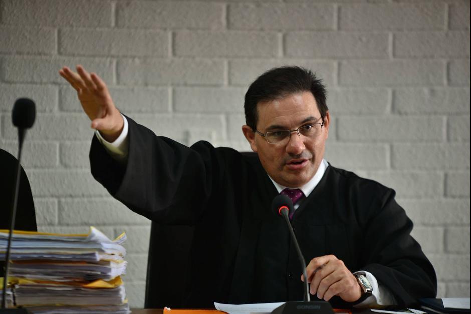 Marco Antonio Villeda fue el primer juez que emitió resoluciones que afectaron los bienes de funcionarios del partido Patriota implicados en casos de corrupción. (Foto: Archivo/Soy502)