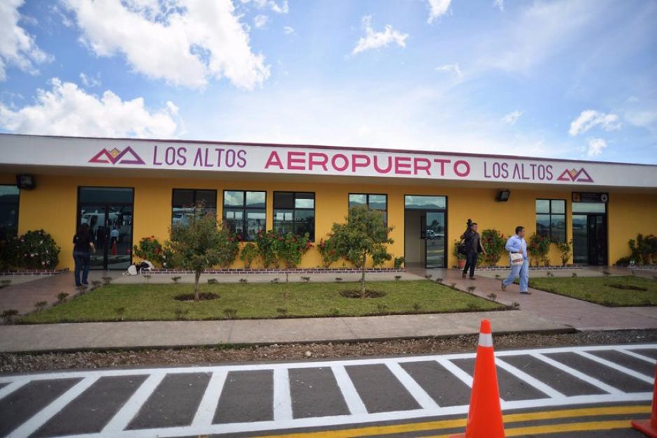 El aeropuerto cuenta con una pista desde 2008. (Foto: Wilder López/Soy502)