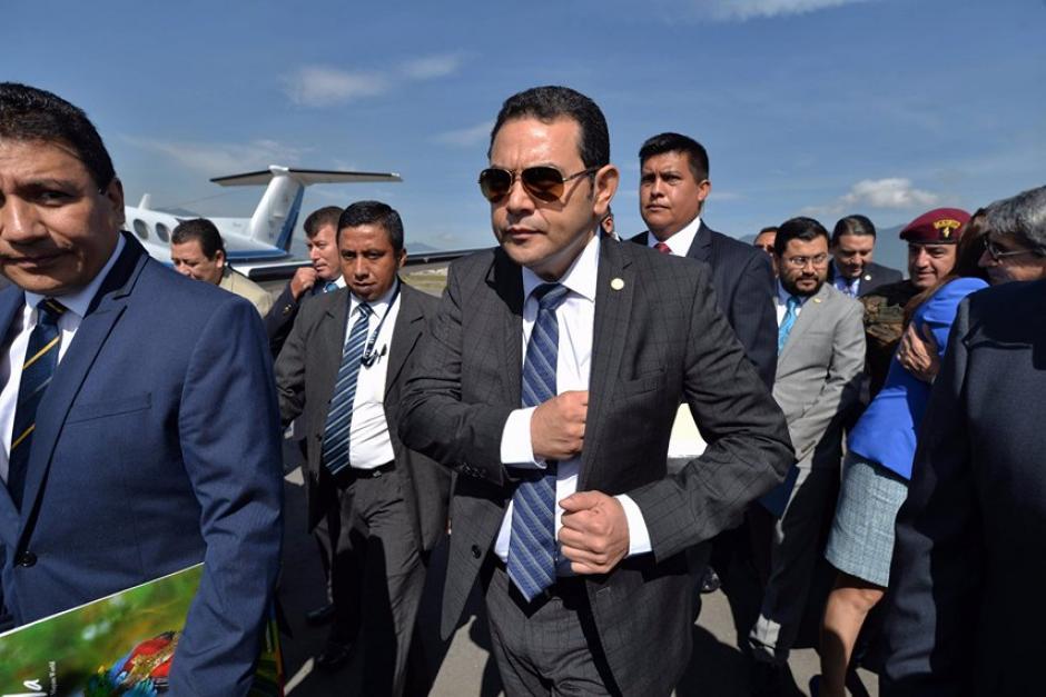 Jimmy Morales asistió a la inauguración de los vuelos nacionales. (Foto: Wilder López/Soy502)