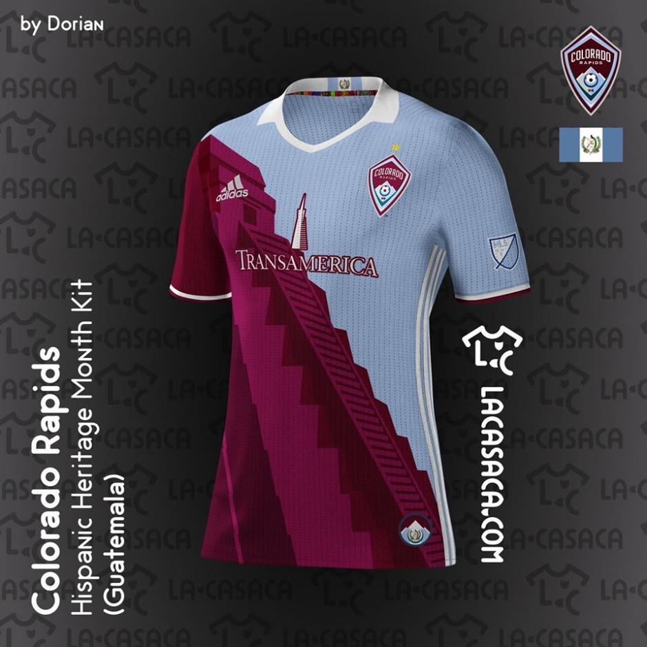 Ésta será la camiseta que utilizará en sus juegos el Colorado Rapids de Marco Pappa durante un mes. (Foto: La Casaca)