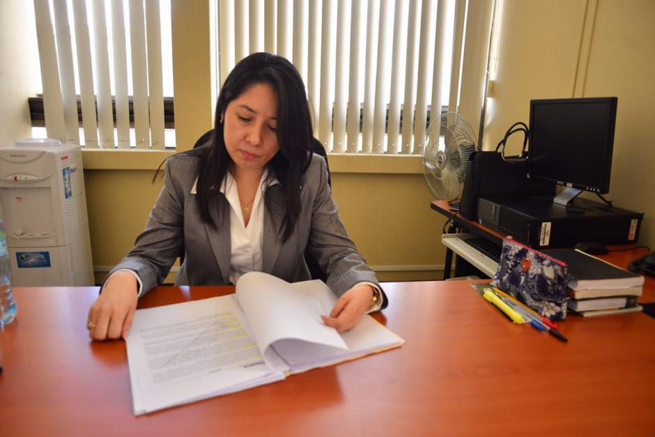 En sus primeros días como jueza de Mayor Riesgo, Aifán ha tenido que viajar a Santa Rosa para terminar los debates que tenía programados antes de su nombramiento. (Foto: Jesús Alfonso/Soy502)