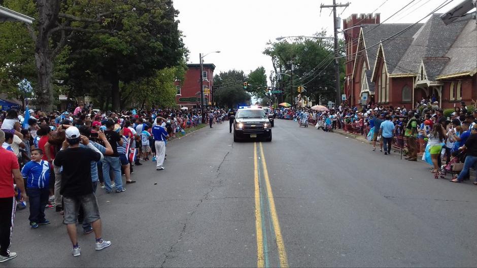 Las calles de New Jersey se pintaron de azul y blanco. (Foto: Cortesía Gerson Miranda)