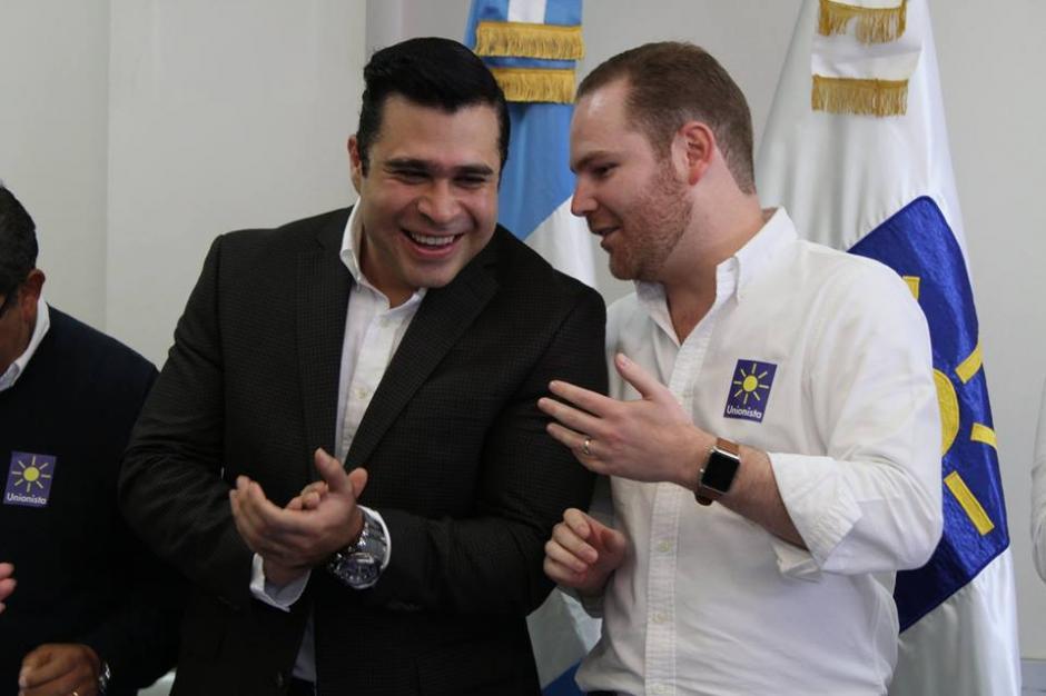 Neto Bran junto a Álvaro Arzú Escobar, hijo del alcalde Álvaro Arzú. (Foto: Facebook/Partido Unionista)