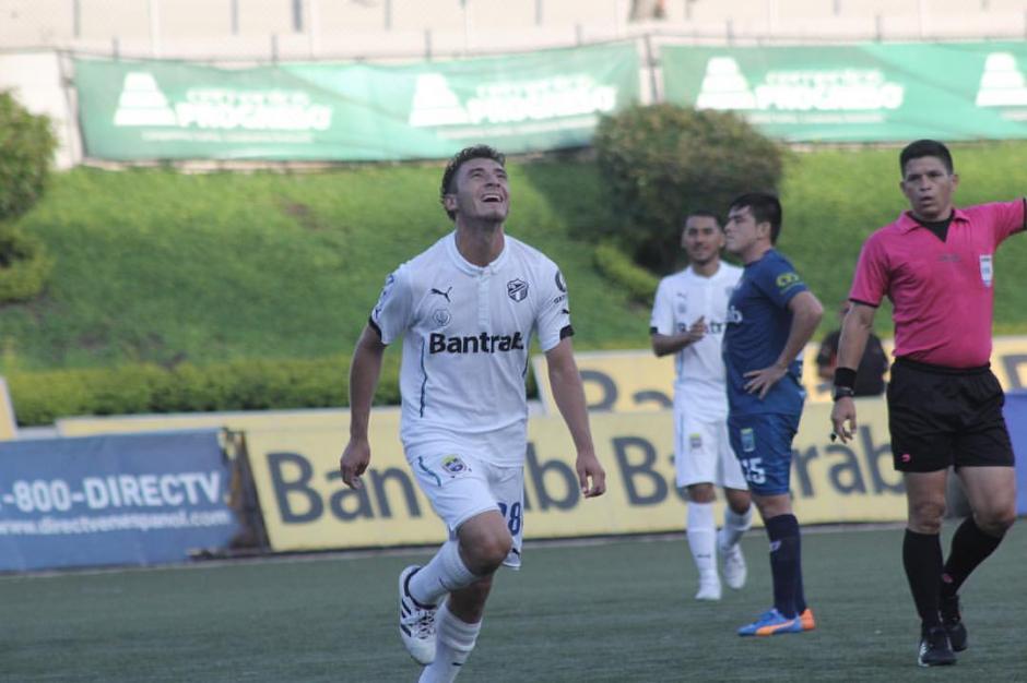 Wilson Pineda anotó un golazo desde fuera del área. (Foto: página oficial de Comunicaciones)