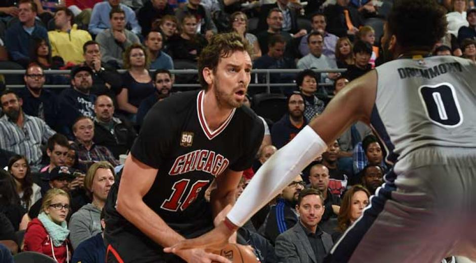 Los Bulls no pudieron contra los Pistons de Detroit, Pau Gassol se quedó corto ante Andre Drummond. (Foto: Marca)
