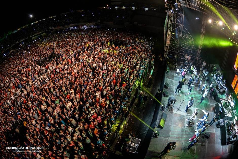 La Cumbre se llevó a cabo en Tikal Futura y El Cementos Progreso. (Foto Facebook)