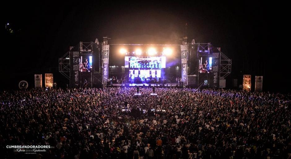En 2014, Miel San Marcos hizo historia siendo una de la pocas agrupaciones en reunir a más de 17 mil personas en la Arena Ciudad de México. (Foto Facebook)
