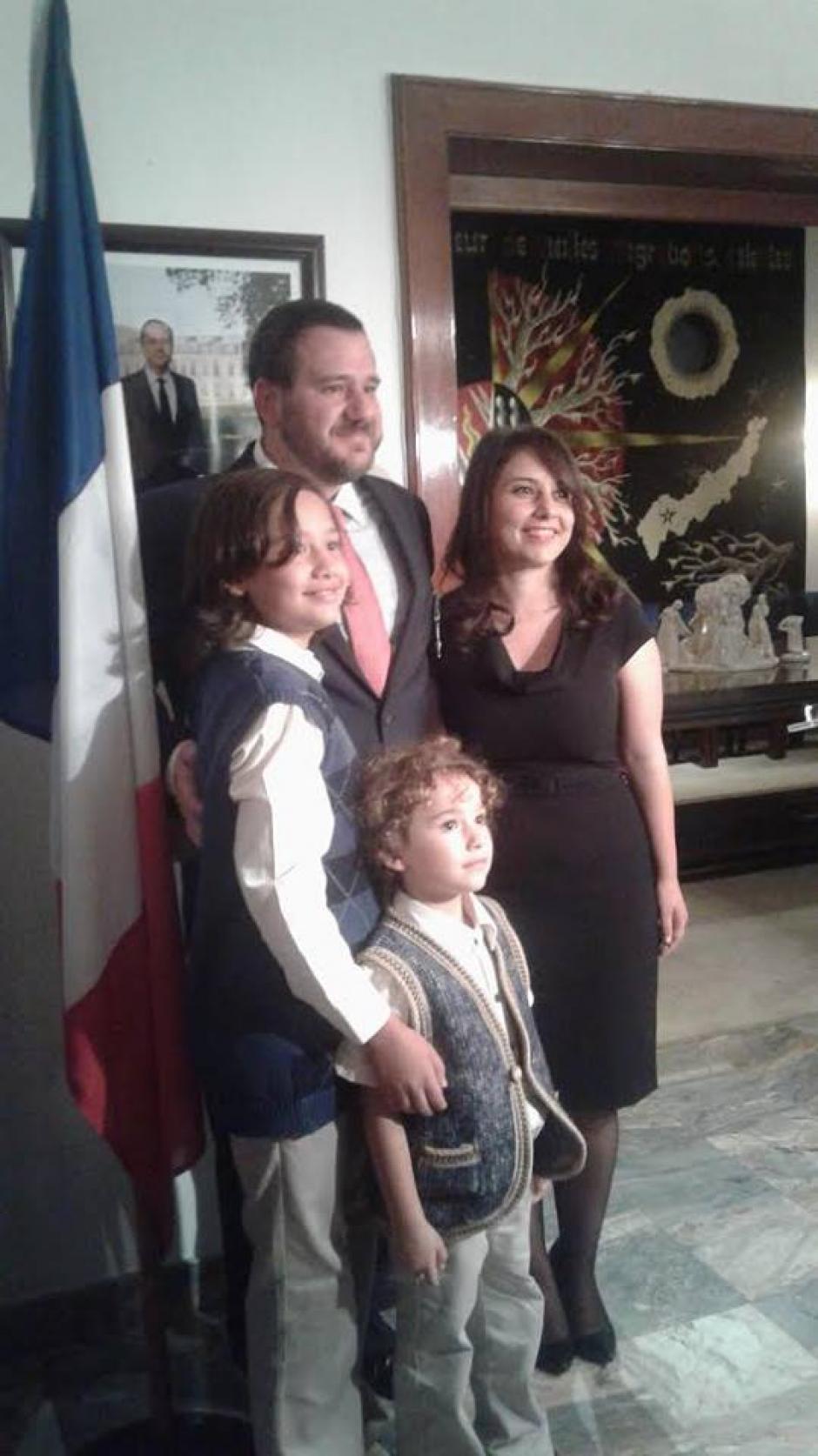 La familia disfruta este gran evento. (Foto: Embajada de Francia en Guatemala)