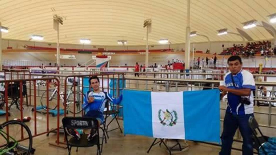 La bandera de Guatemala destacó en México. (Foto: COG)