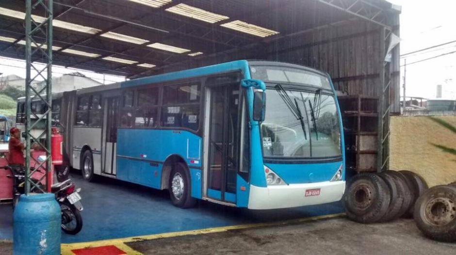Los buses esperan ser la solución al transporte en Mixco. (Foto: Facebook Neto Bran)