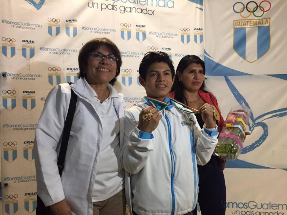 Jorge Vega ganó oro y bronce en Copa del Mundo de gimnasia. (Foto: Pedro Pablo Mijangos/Soy502)
