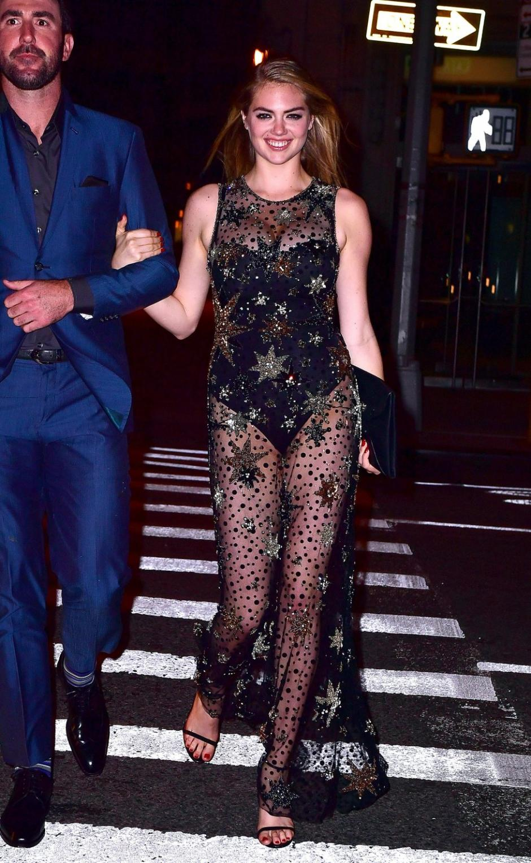 El traje de Kate dejó poco a la imaginación. (Foto: as.com)