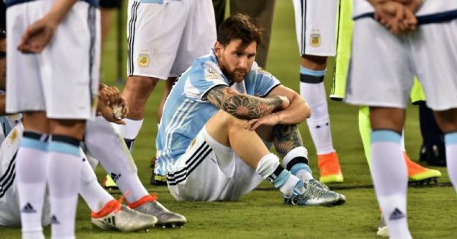 La tristeza de Leonel Messi en la final de Copa América 2016. (Foto: Twitter)