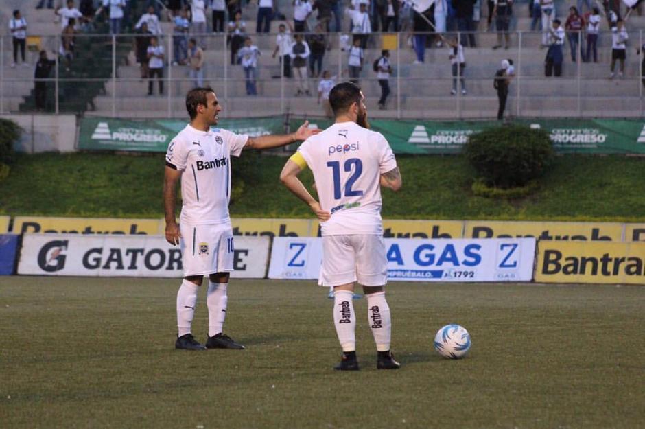 Contreras volvió al once crema, pero sin el gafete de capitán. (Foto: Facebook de Comunicaciones)