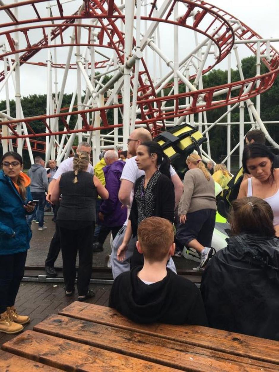 El incidente tuvo lugar en el parque de diversiones M&D, en Motherwell, Escocia.  (Foto: Twitter)