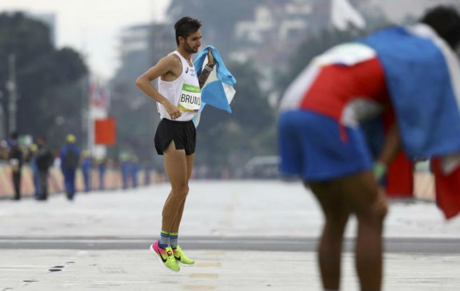 Los medios internacionales reconocen la proeza de Federico Bruno. (Foto: Twitter)