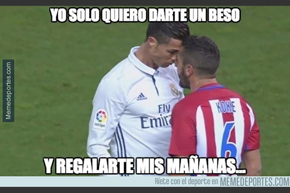 Cristiano Ronaldo y Koke regalaron un postal única. (Foto: Twitter)