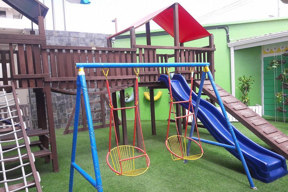 La fiscalía también cuenta con juegos y un jardín para los niños. (Foto: Javier Lainfiesta/Soy502)