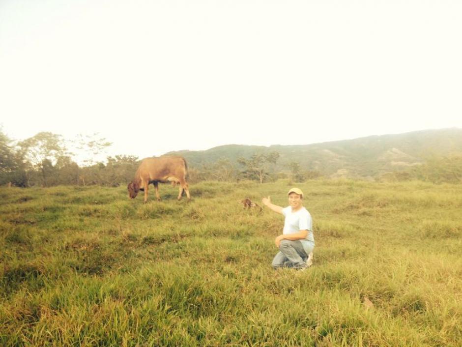Los fines de semana disfrutaba de ir a su finca en Santa Rosa, donde criaba ganado y tenía un huerto con el que surtía su restaurante. (Foto: Facebook)