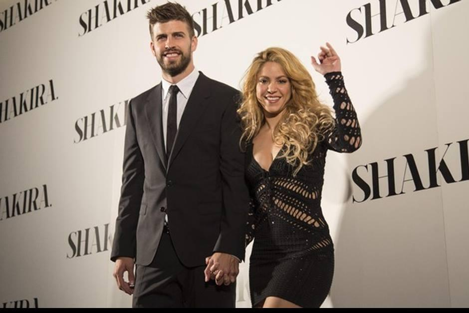 Shakira junto a Gerard en un evento. (Foto: People)