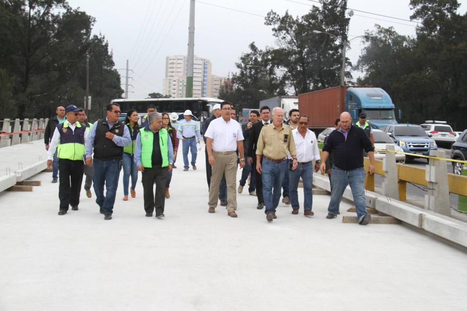 Las autoridades municipales supervisan los avances sobre este proyecto. (Foto: Muni Guate)