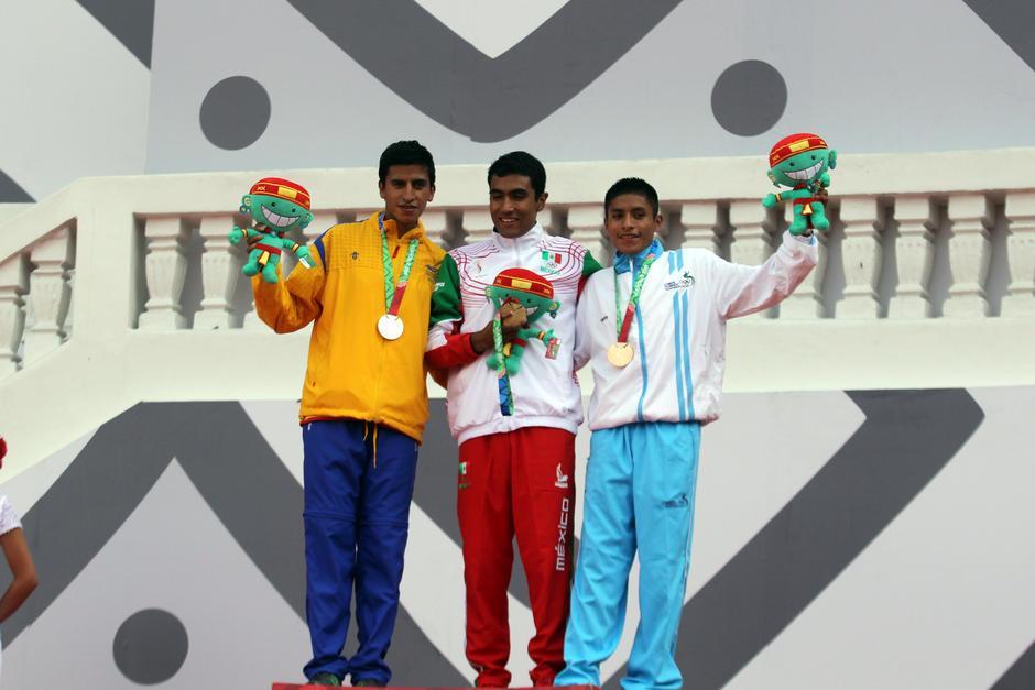 Pacay ganó la medalla de bronce en los Juegos Centroamericanos y del Caribe, en la prueba de 5,000 metros planos.(Foto: Pedro Pablo Mijangos/Soy502)