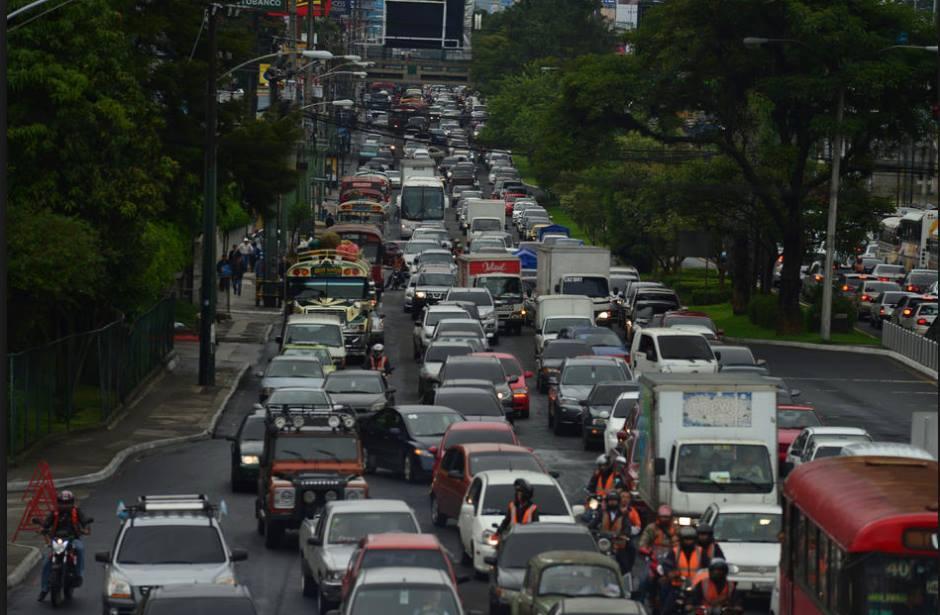 La capital cuenta con más del 50% del parque vehicular nacional. (Foto: Archivo/Soy502)