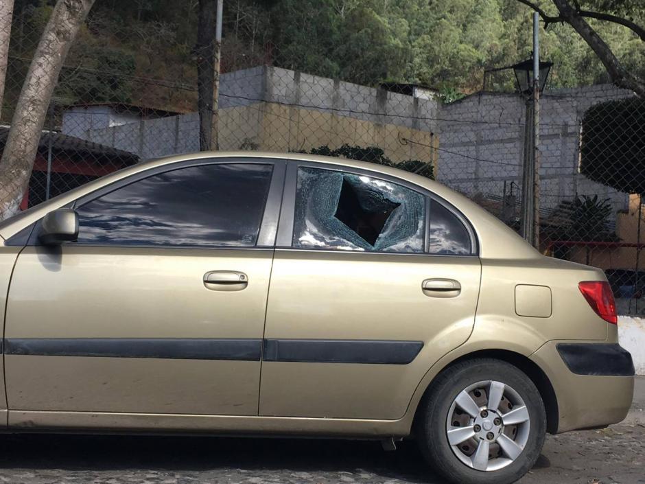 Algunos afectados se presentaron al Plan Cuadrante a hacer la denuncia. (Foto: Fredy Hernández/Soy502)