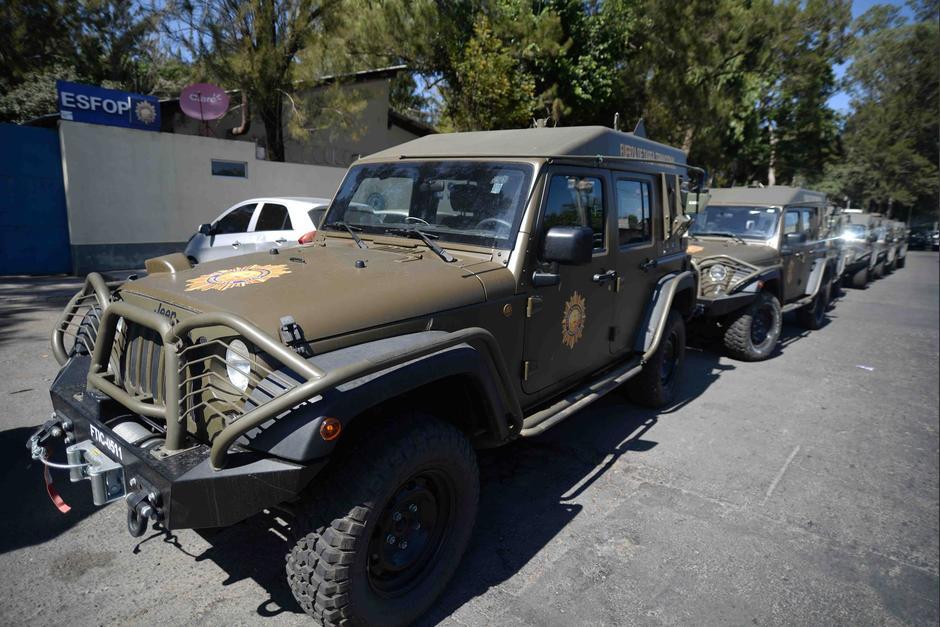 Los vehículos de la PNC son Jeeps J8. (Foto: Wilder López/Soy502)