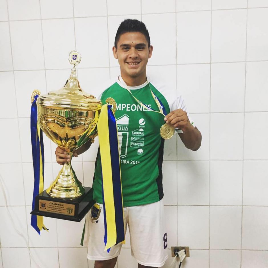 Axel Reyes espera consolidarse con el campeón Antigua GFC. (Foto: Facebook)
